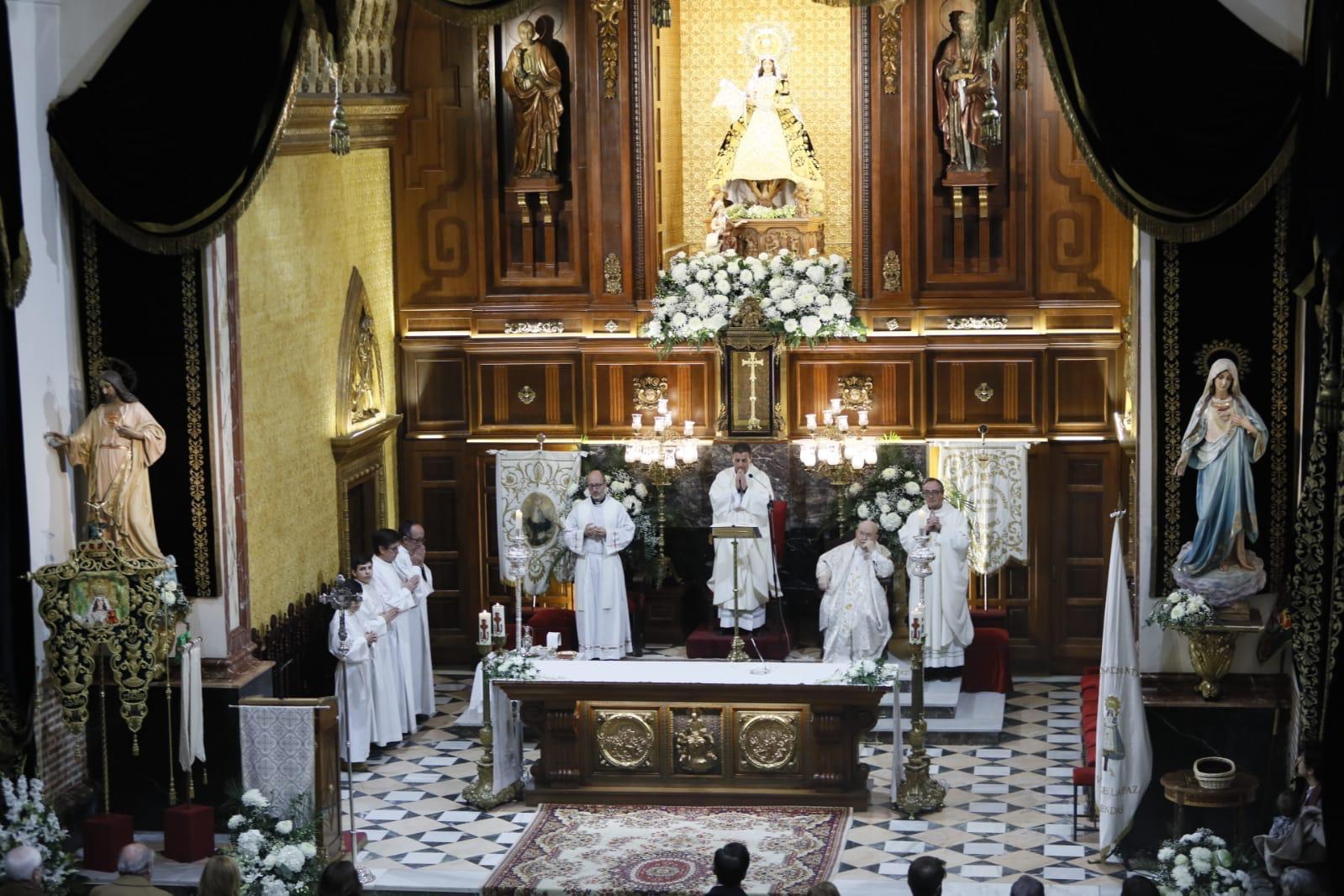 La Misa Mayor de Honras en fotos