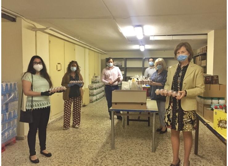 Alimentos para el Albergue Santa María de la Paz y para el programa 'Llenamos la despensa' del Ayuntamiento